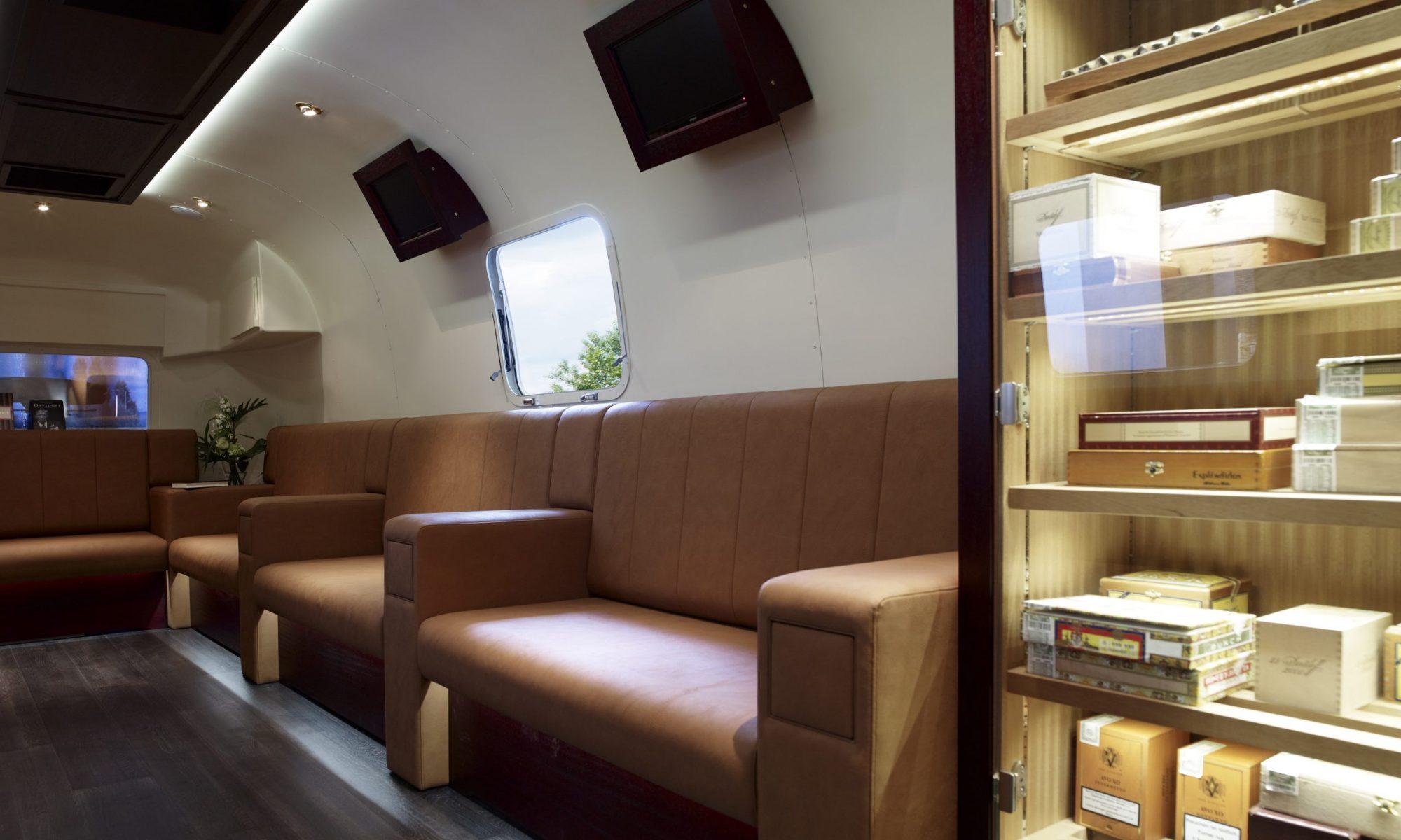 Silver Cigar Lounge